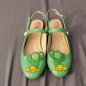 Cacti shoes!